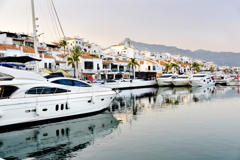 De luxe haven Puerto Banús
